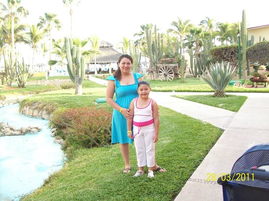 Posada Real Los Cabos: jardín del hotel muy bonito!