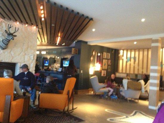 Wildwood Snowmass: lobby