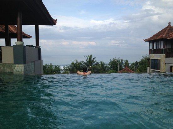 Mercure Kuta Bali: Pool on the roof