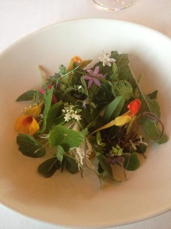 Royal Mail Dining Room: garden salad