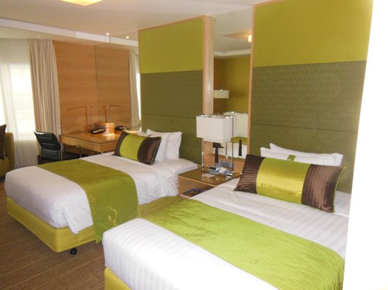 Holiday Inn Bangkok Silom: superb Interiors