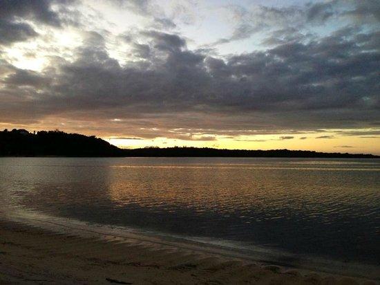 Magalawa Island Armada Resort: Magalawa Sunrise