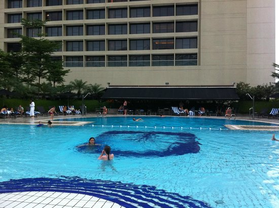 Pan Pacific Singapore: Chlorine pool