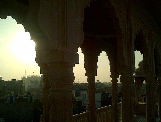 Hotel Ramsingh Palace: terrace area