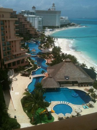 Grand Fiesta Americana Coral Beach Cancun: View of interconnected pools from Corner Suite (Master)