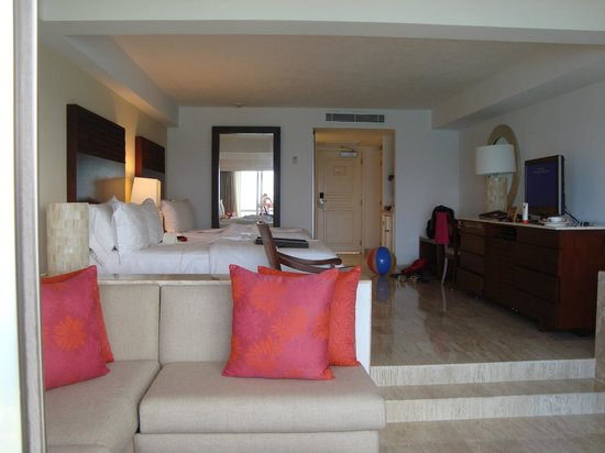 Grand Fiesta Americana Coral Beach Cancun: Standard Junior Suite