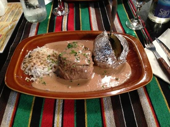 Steakhouse El Rancho: Delicious Argentinian Fillet Peppersteak. Ask for it well done if you're squeamish about red mea