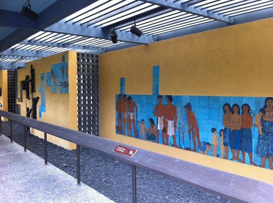 Pu'uhonua O Honaunau National Historical Park: エントランスすぐ 