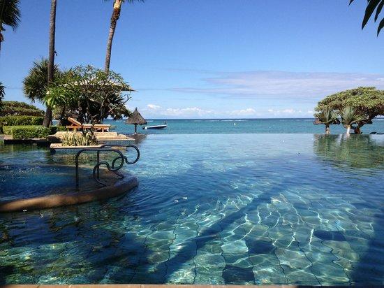 La Pirogue Resort & Spa: la pirogue novembre 2012