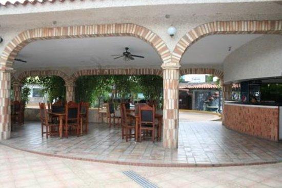 Hotel restaurant el meson de la campana barquisimeto for Restaurante la campana barcelona