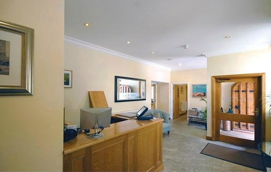 Losehill House Hotel & Spa : Our reception