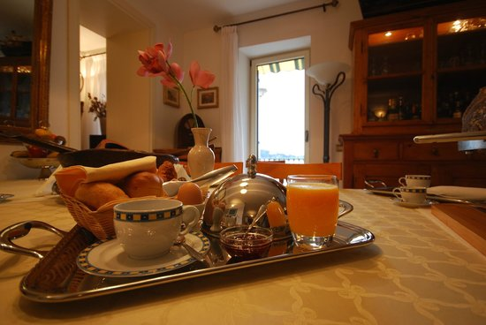 Villa Tuttorotto: Breakfast