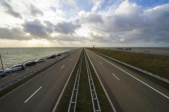 Den Oever, The Netherlands: Vista dal ponte