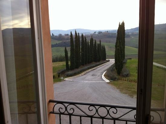 Relais Villa Grazianella - Fattoria del Cerro: vista dalla camera