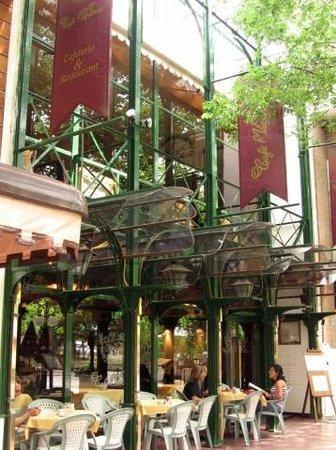 Cafe Victoria Buenos Aires Recoleta Restaurant