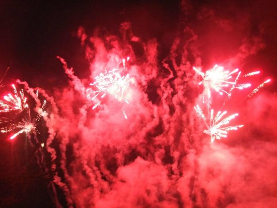 The Royal Lodge: Great Fireworks