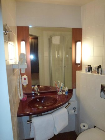 Star Inn Hotel Budapest Centrum, by Comfort: bathroom