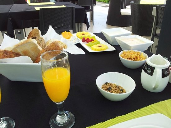 Serene-estate Boutique Guesthouse: Breakfast