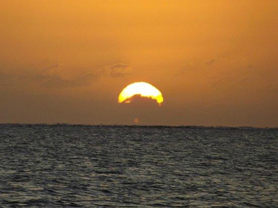 Azul Beach Resort Sensatori Mexico: The Mayan Sunrise