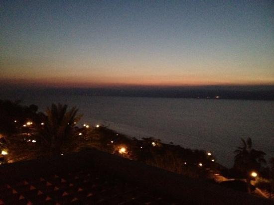 Jordan Valley Marriott Resort & Spa: night view frim our balcony
