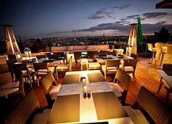 The living room amman restaurant reviews phone number for The family room steakhouse