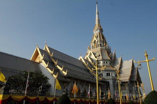 Chachoengsao Province, Thailand: Wat Sathon. (photo by: nabil kannan)