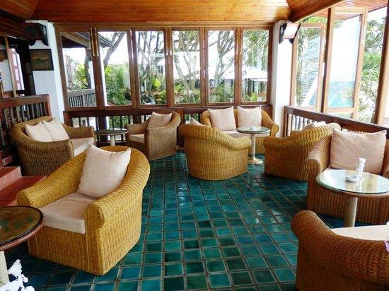 Mom Tri's Villa Royale, Hotels in Phuket