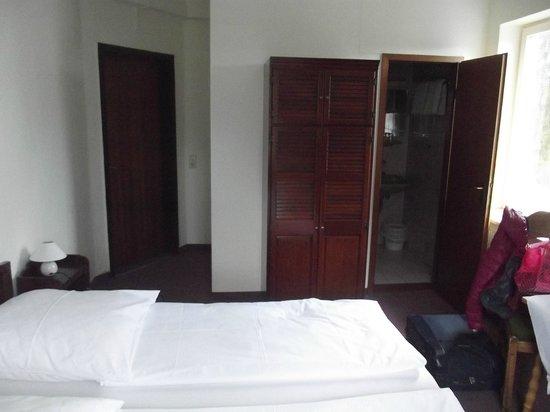 Hotel Garni Schlossblick: Panoramica della camera