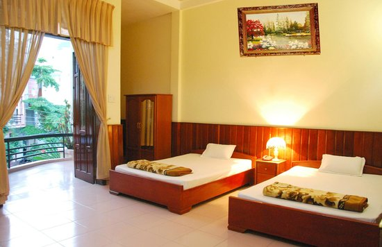 Hai Huong Hotel: Deluxe Room