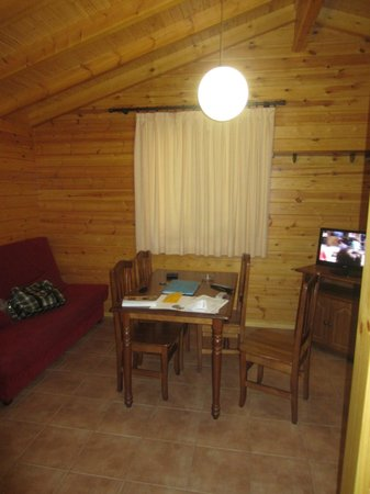 Bonterra Park Camping and Bungalows: living area