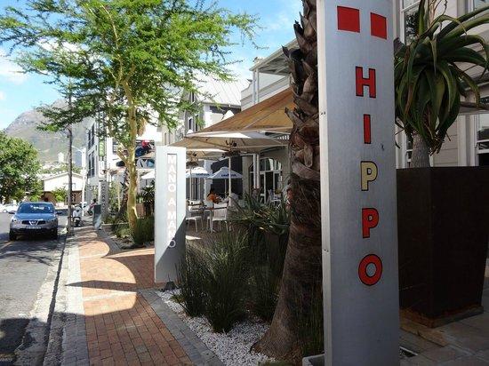 Hippo Boutique Hotel: Entrée