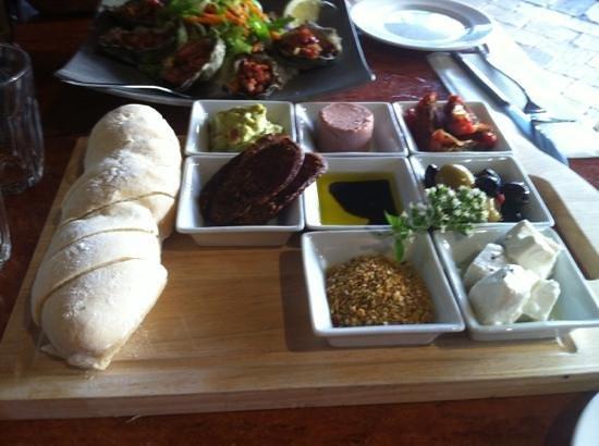 Waves Restaurant: Taste Plate