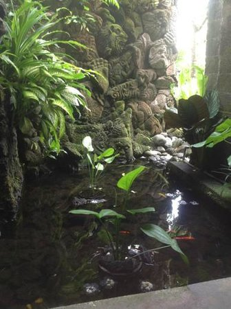 Bidadari Private Villas & Retreat - Ubud: tunjung toilet view!