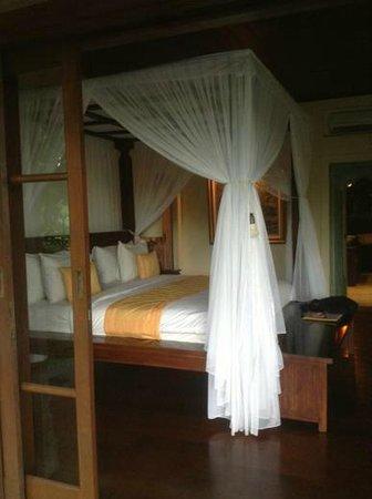 Bidadari Private Villas & Retreat - Ubud : tunjung bed