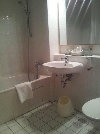 Hotel Limmerhof: Badezimmer