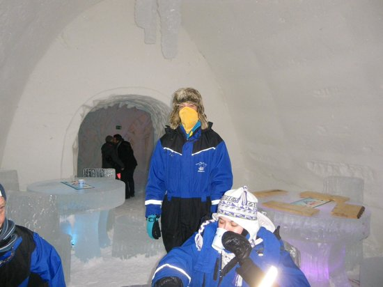 Hotel Hullu Poro - The Crazy Reindeer: Ice hotel
