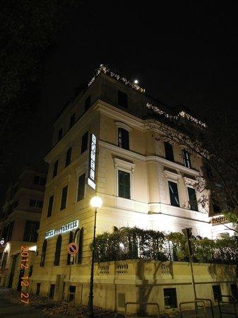 Hotel Farnese: ホテル外観