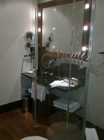 Fleming's Selection Hotel Wien-City: Bathroom