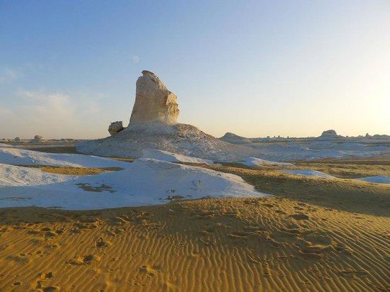 وايت دزرت: White Desert's spectacular landscape