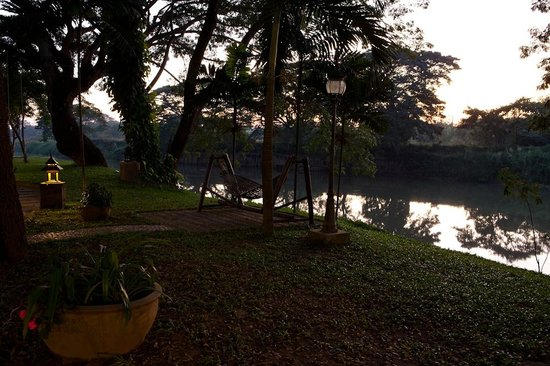 Baannamping Riverside Village: Hammock Time