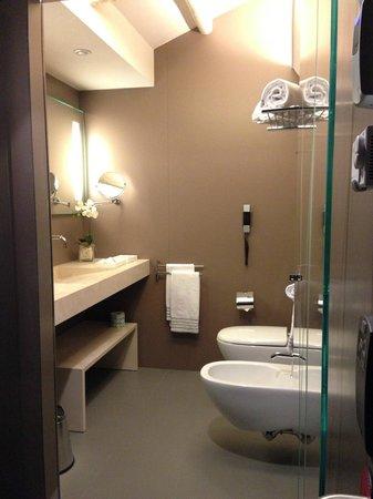 glam boutique hotel bellissimo bagno ottimi prodotti
