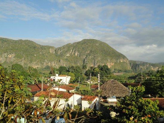 Casa Particular Ridel y Claribel: Vue sur les mogotes