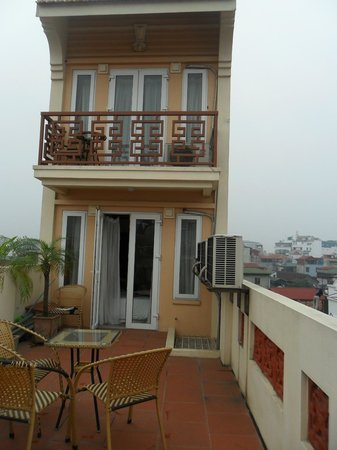 Paradise Boutique Hotel: 7th Floor Balcony