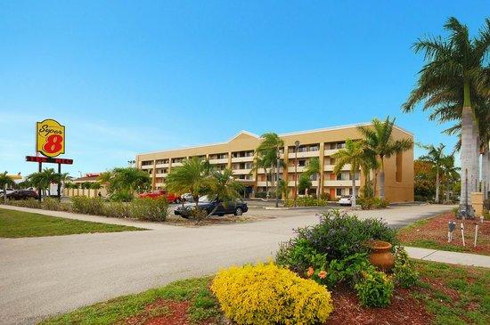 Super 8 Fort Myers: Syper 8 Fort Myers