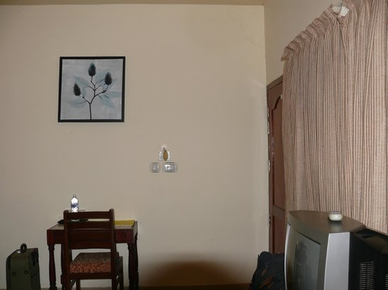 Deshadan Cliff & Beach Resort: Room
