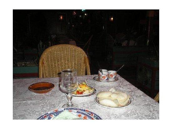 nice chinese restaurant le dragon d 39 or marrakech traveller reviews tripadvisor. Black Bedroom Furniture Sets. Home Design Ideas
