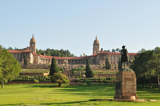 Sheraton Pretoria Hotel: view of the Union Buildings across the road from the hotel