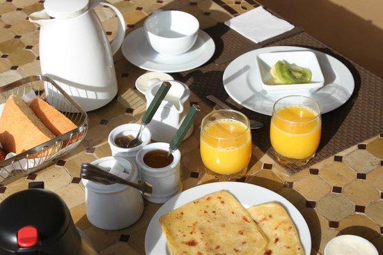 Riad Dar Beldia: petit déjeuner