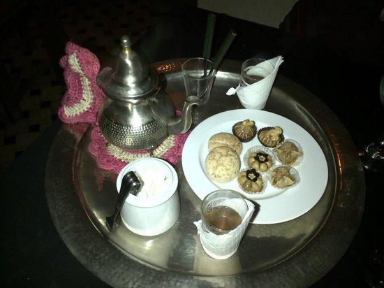 Riad Dar Beldia: thé à la menthe
