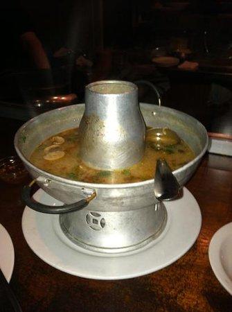 Basil Restaurant: tom yum soup